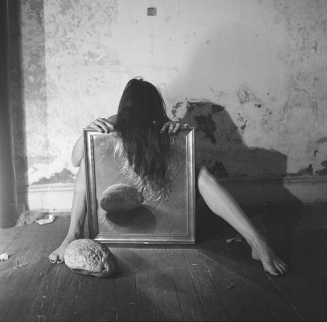 Francesca Woodman - Nude Portrait with a Mirror